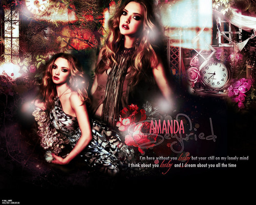 amanda seyfried wallpaper probably containing a konser and anime called AmandaSeyfried!