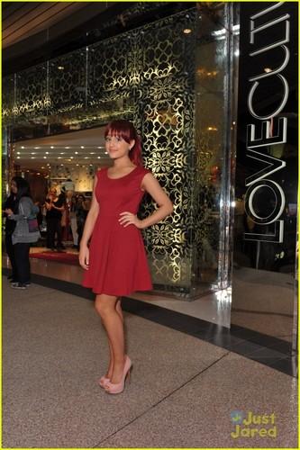Ariana Grande: Любовь Culture Cutie