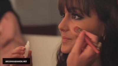 Ariana Grande getting ready / as Dorothy for Viva Glitter Viva Glamour