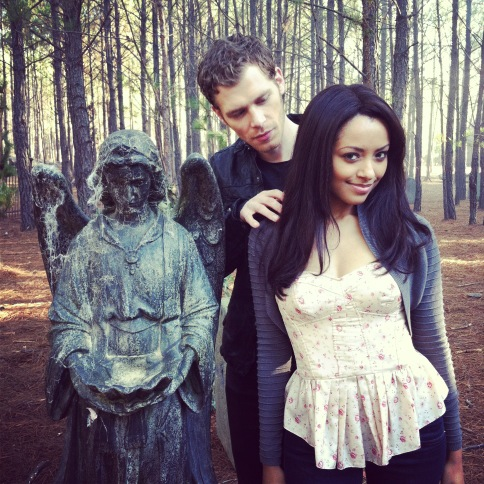 Bonnie's Multi Shippings 壁紙 called Bonnie and Klaus