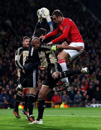 D. Berbatov (Manchester United - Benfica)