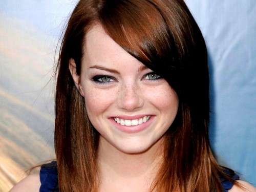 एमा स्टोन वॉलपेपर with a portrait entitled Emma Stone Wallpaperღ