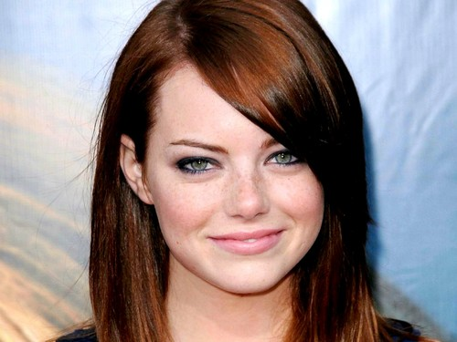 Emma Stone hình nền with a portrait entitled Emma Stone Wallpaperღ