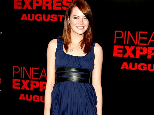 Эмма Стоун Обои probably containing a коктейль dress entitled Emma Stone Wallpaperღ