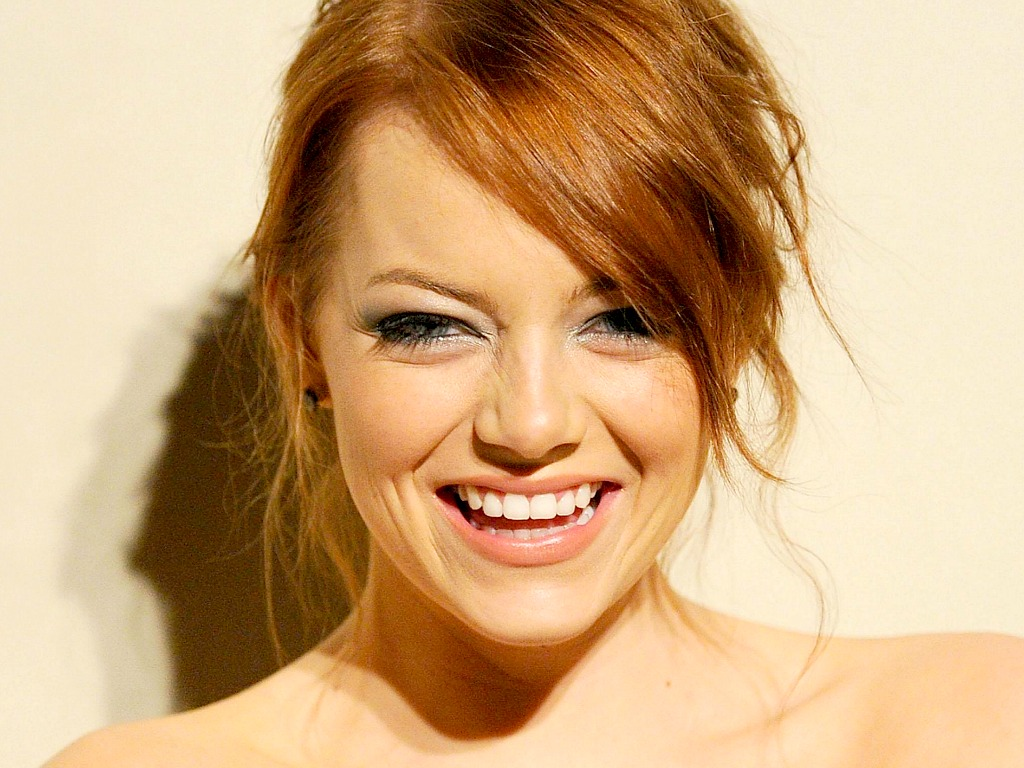 Emma Stone Wallpaperღ