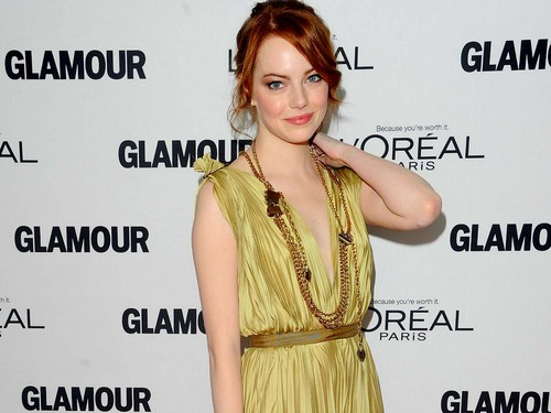Emma Stone wolpeyper containing a hapunan dress, a kaktel dress, and a toga titled Emma Stone Wallpaperღ