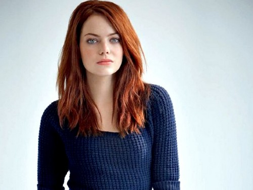 এমা স্টোন দেওয়ালপত্র probably containing a pullover titled Emma Stone Wallpaperღ