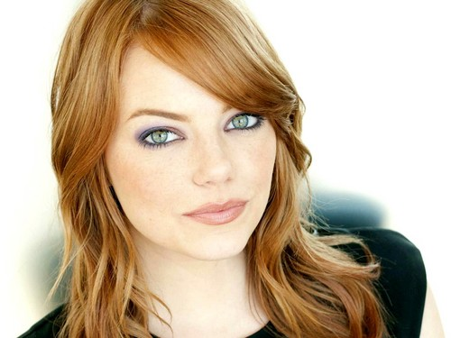 Emma Stone karatasi la kupamba ukuta with a portrait entitled Emma Stone Wallpaperღ