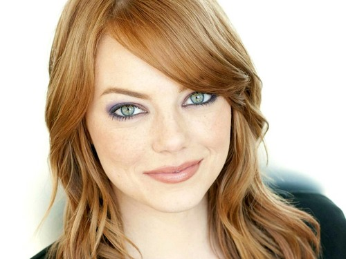 Emma Stone wallpaper containing a portrait titled Emma Stone Wallpaperღ