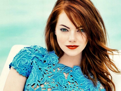 Emma Stone wallpaper possibly containing a portrait titled Emma Stone Wallpaperღ
