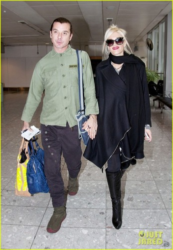 Gwen Stefani & Gavin Rossdale Head Out of Heathrow