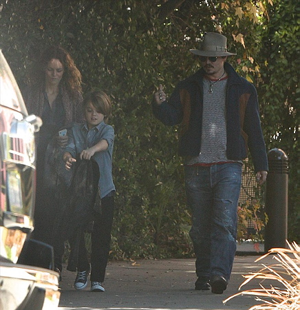 Jack,johnny & Vanessa in LA-Nov 22/11