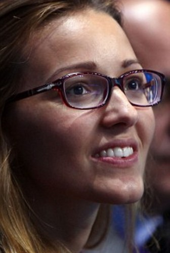 नोवाक जोकोविच वॉलपेपर probably containing a portrait called Jelena Ristic glasses