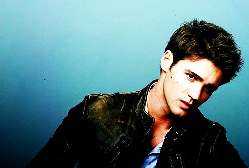 Jeremy Gilbert wallpaper possibly containing a well dressed person and a portrait titled Jeremy!♥
