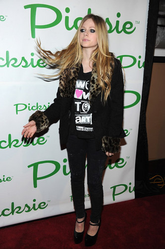 Launch Party for the Picksie 2.0 App at Lucky Strike Lanes , New York 23.11.11
