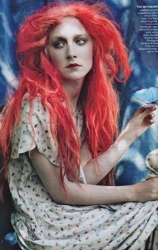 Magazine scans: Vogue US - December 2011
