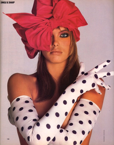 The 80s wallpaper entitled Renée Simonsen