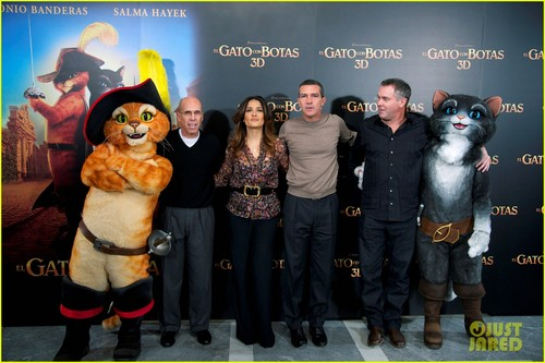 Salma Hayek: 'Puss in Boots' Hits Spain!