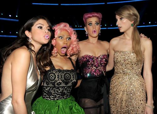 Selena At the AMA 2011 ♥