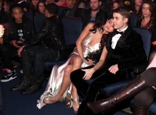 Selena an Justin at AMA