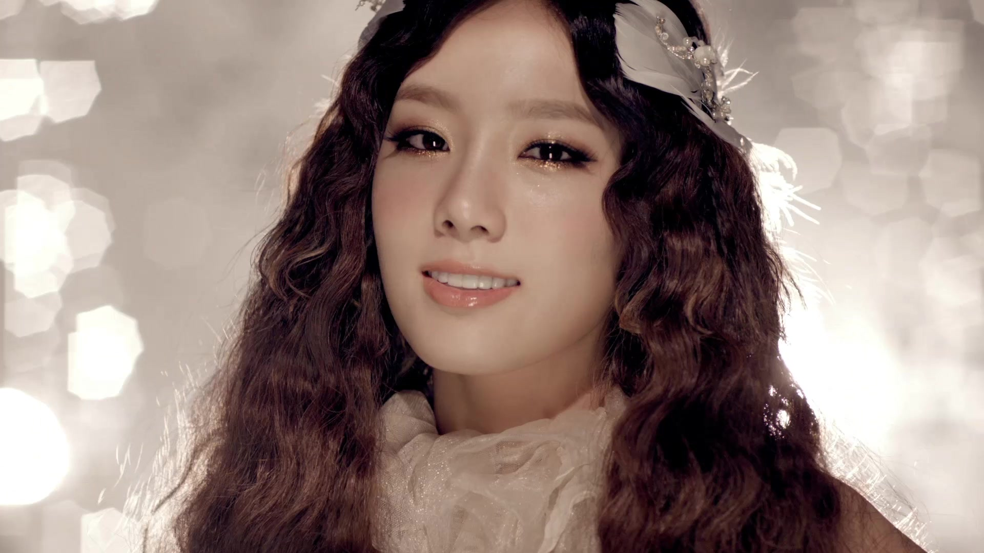 The New Elizabethans: Contemorary Elizabethan Look - Kim ... Taeyeon The Boys