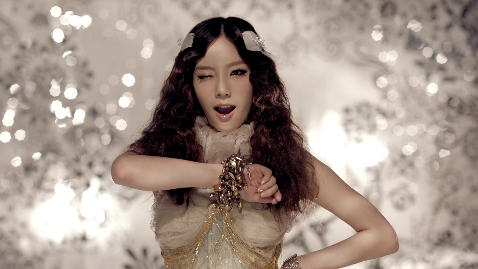 Taeyeon - The Boys mv - S♥NEISM Image (27080609) - Fanpop Taeyeon The Boys