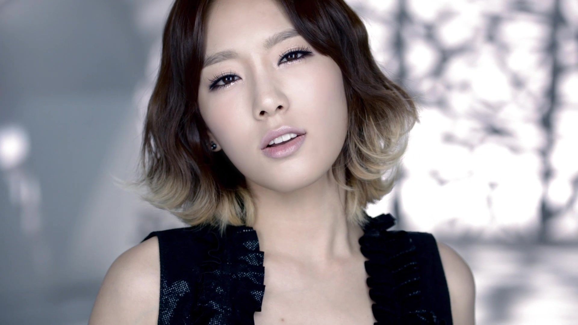 Taeyeon - The Boys mv - S♥NEISM Image (27080626) - Fanpop Taeyeon The Boys