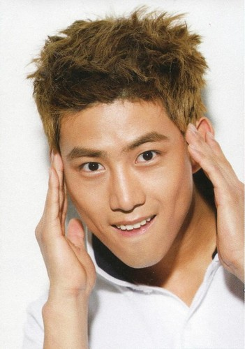 taecyeon - taecyeon-2pm Photo