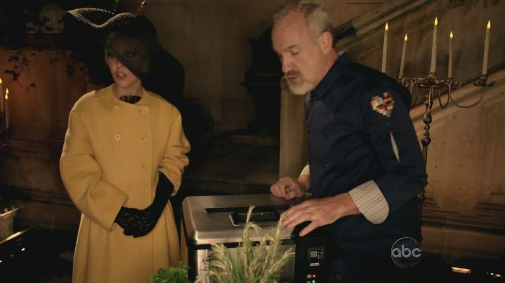 A Very Gaga Thanksgiving - Cooking with Chef Art Smith