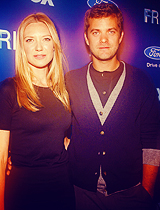Anna Torv and Joshua Jackson wallpaper called ANNA&JOSHUA♥