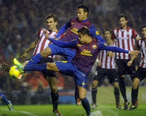 Alexis Sanchez - Athletic Bilbao (2) v FC Barcelona (2)