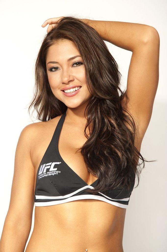 UFC Octagon Girl Arianny Celeste