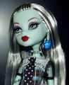 Frankie Stein - monster-high-frankie-stein photo