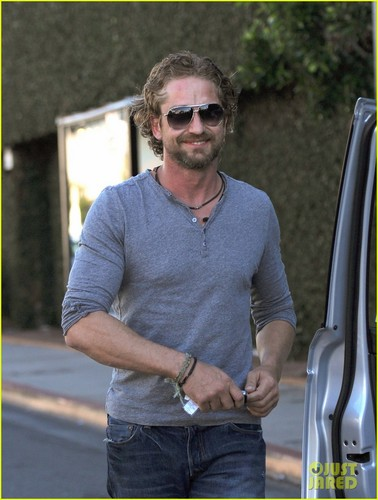Gerard Butler Vows To Never Date Co-Stars Again