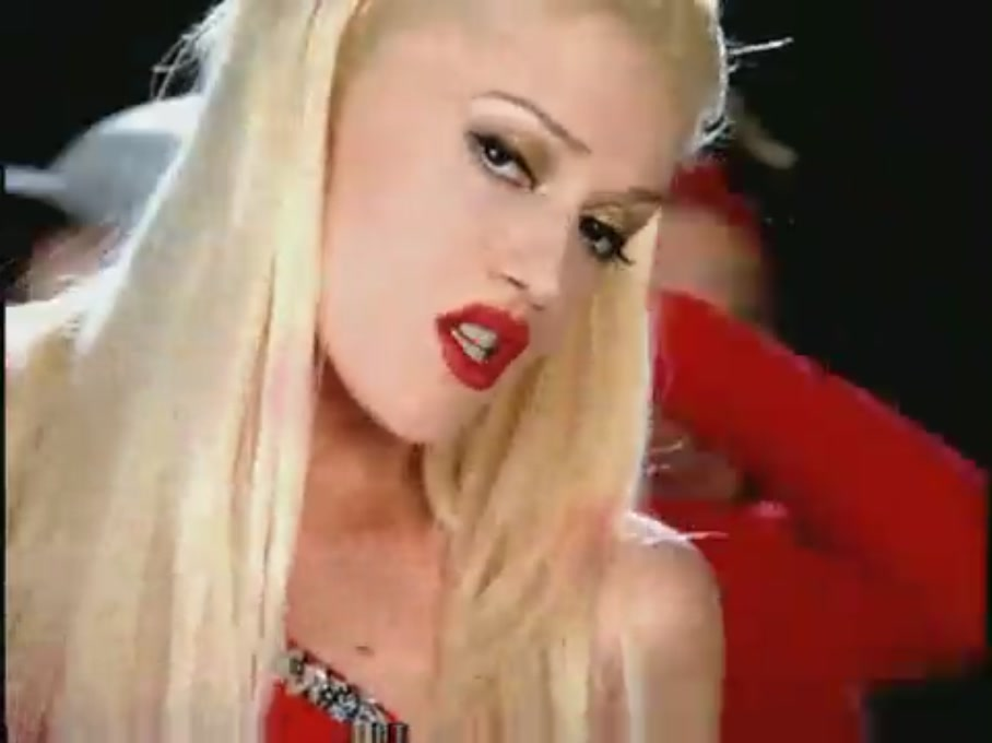 Gwen Stefani You Make It Feel Like Christmas - Out Now