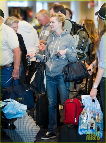 Kirsten Dunst: In The Hoodie