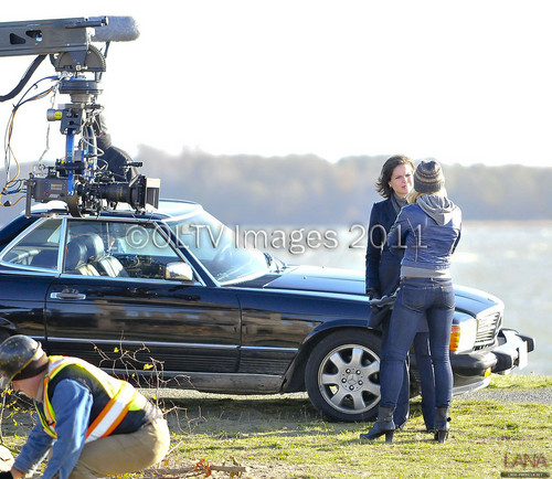 Lana Parrilla/Regina Mills On Set [November 14, 2011]