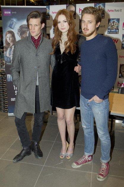 Matt Smith, Karen Gillan & Arthur Darvill @ DW DVD signing in Лондон 21/11/11