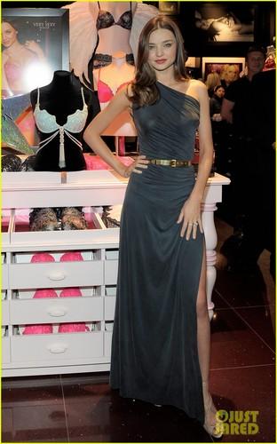Miranda Kerr Relaunches Victoria's Secret South Coast Plaza Store
