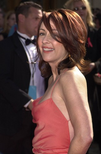 patricia heaton wallpaper possibly with a coquetel dress entitled Patricia Heaton
