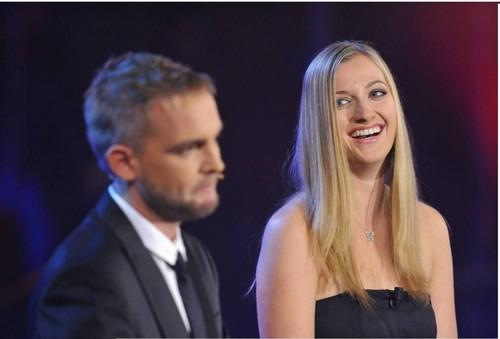 Petra Kvitova handed price in czech Muzik ......