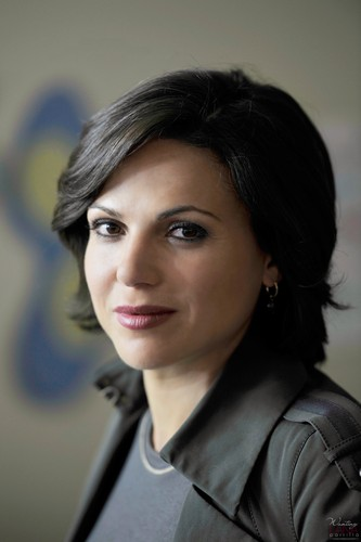 Regina Mills - 1x03 - Episode Stills