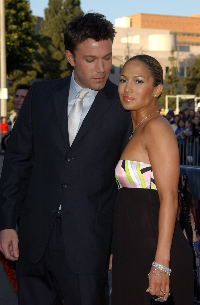 Is ben affleck dating jennifer lopez