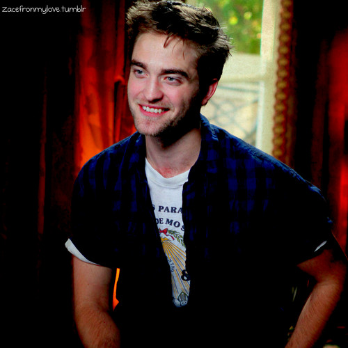 Robert Pattinson: Access Hollywood UHQ stills