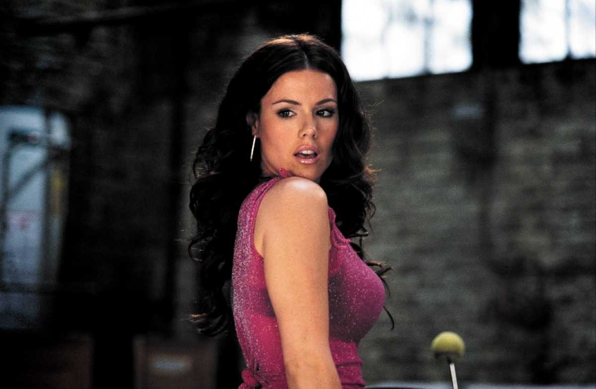 Kathleen robertson scary movie 2