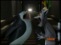 Skipper and Julien O_o Facing Each Other - penguins-of-madagascar screencap