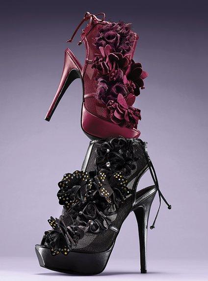 مجموعة صنادل راقية للبنات Victoria-s-Secret-Heels-womens-shoes-27156595-424-572.jpg
