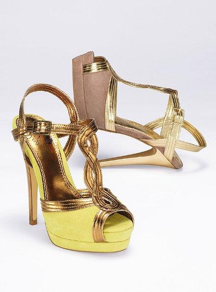 مجموعة صنادل راقية للبنات Victoria-s-Secret-Heels-womens-shoes-27156618-424-572.jpg
