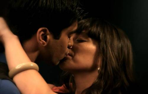 sav and mrs.oh kissing