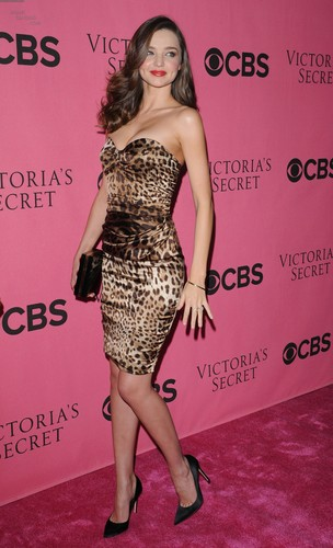 2011 Victoria's Secret Fashion 显示 Viewing Party